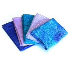Pack of 5 100% Cotton Mixed Prints Blue & Lilacs Fat Quarters